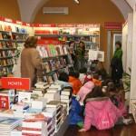 alunni in libreria 5